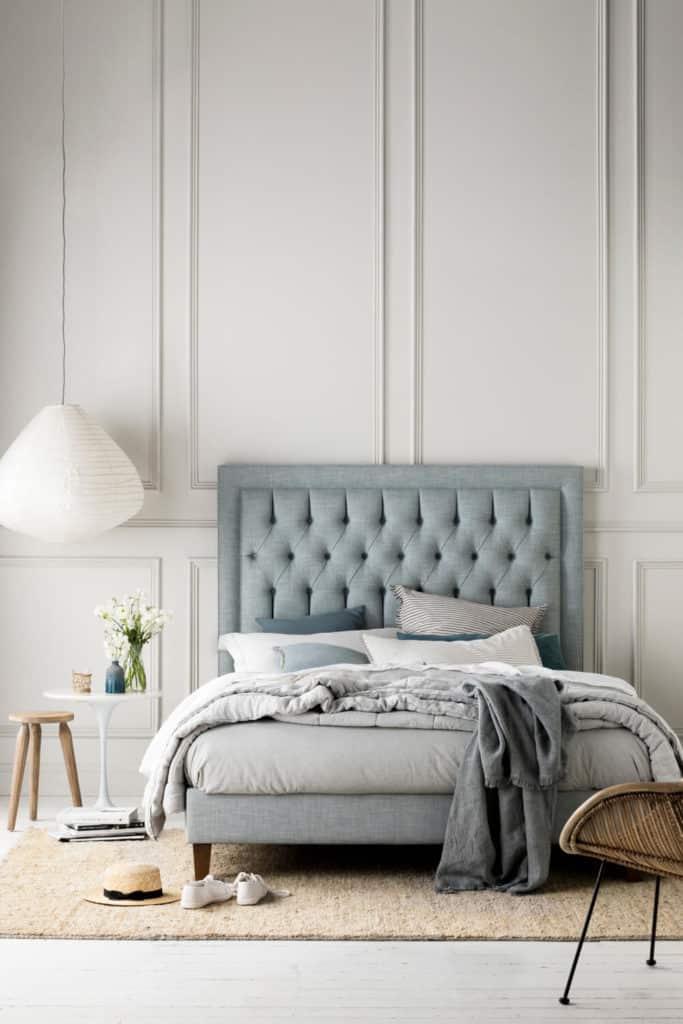 Heatherly Design - Tilbury bed in Villano Drizzle linen