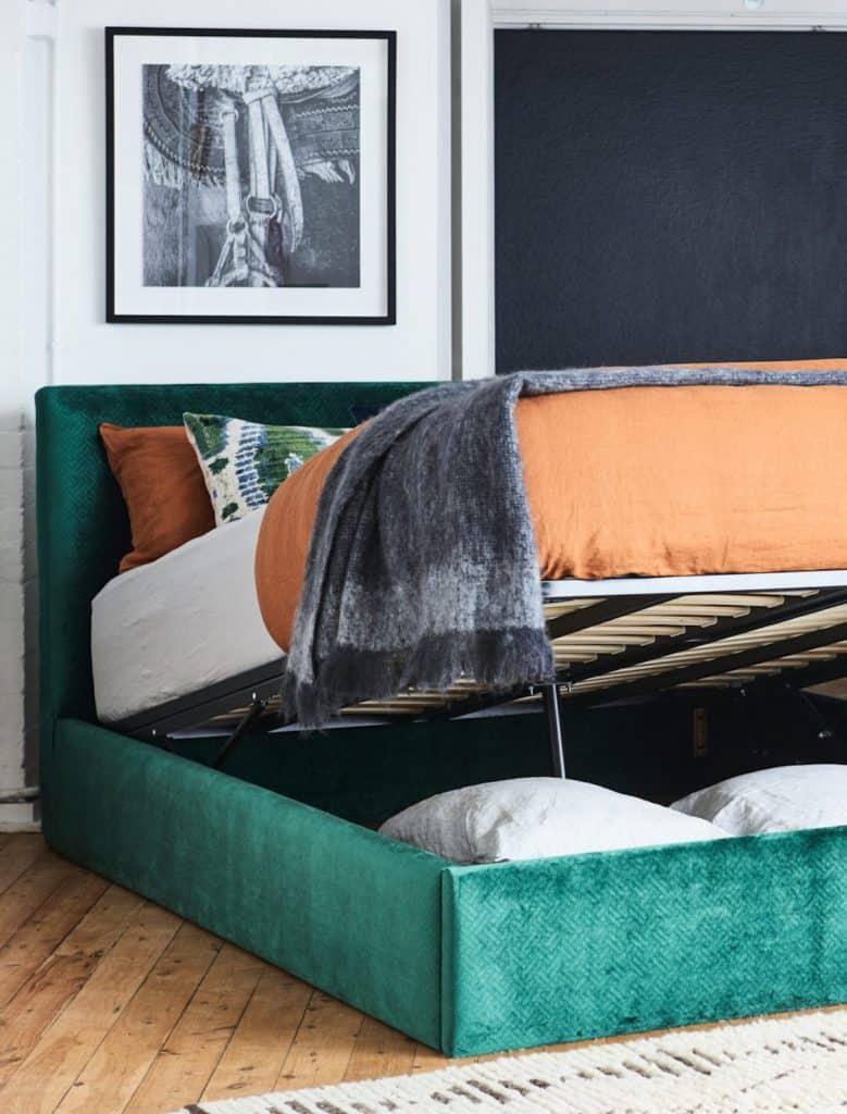 Heatherly Design Oxford Gas Lift Bed