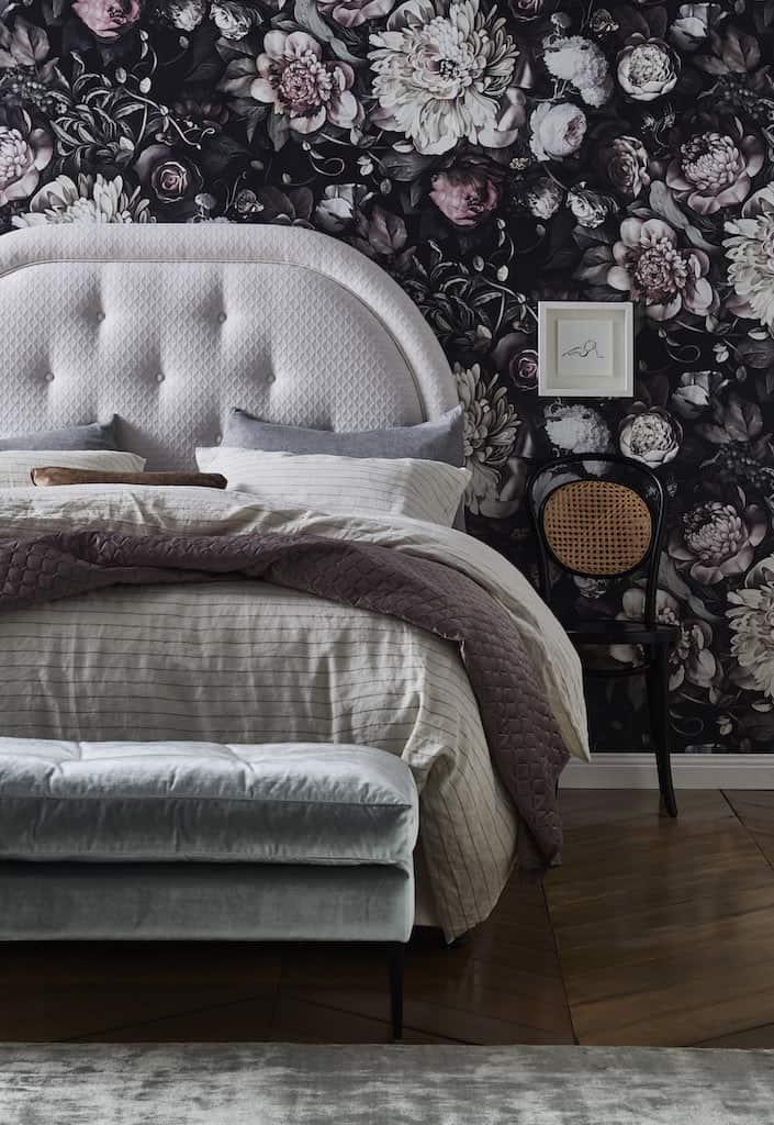 Monet Bedhead in Avery Oyster Linen